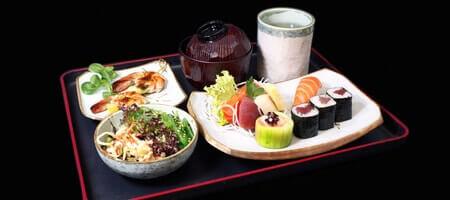 WEIN & SUSHI SEMINAR - Sushi selber machen