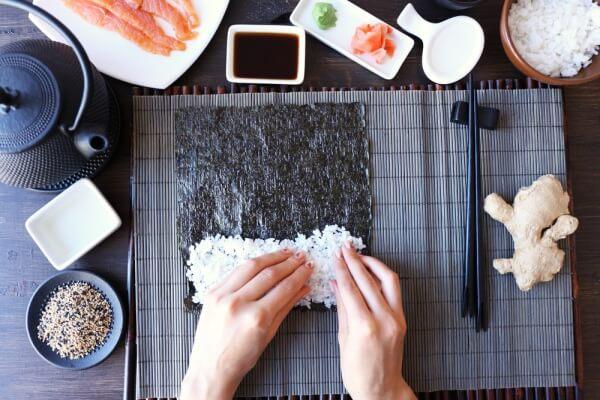 So gelingt der perfekte Sushi-Reis ganz einfach