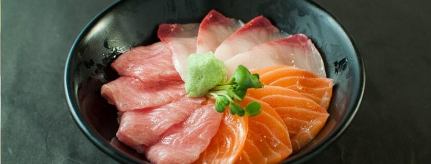 Chirashi-Sushi: Rezept mit Fisch und Gemüse 1