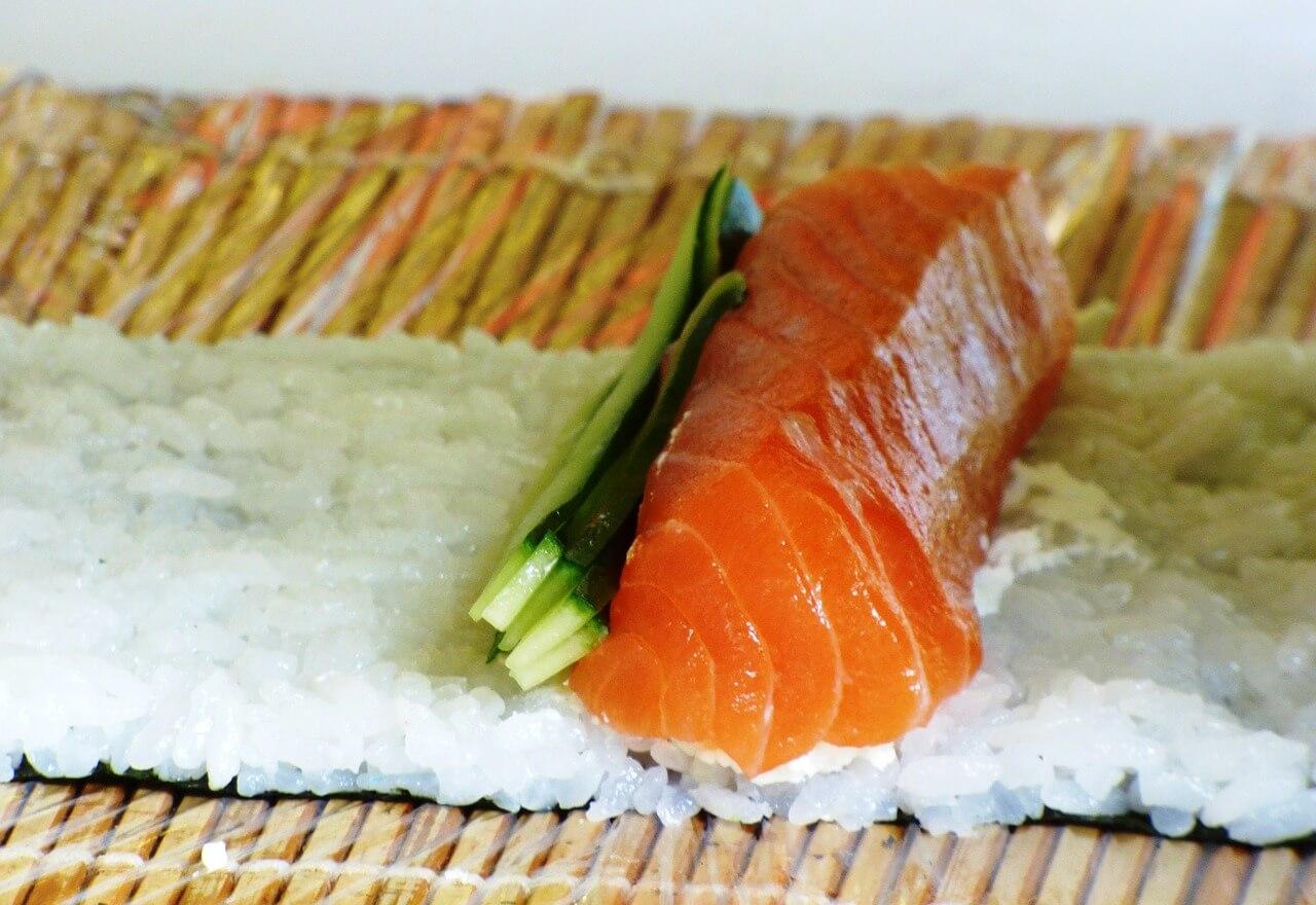 Sushi-Matte aus Bambus um Sushi selber zu machen 1