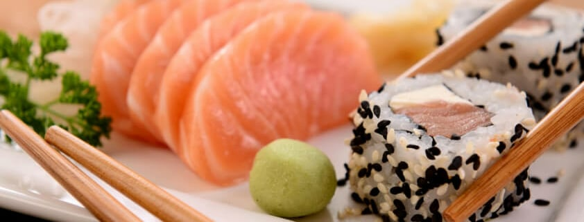 Anleitung wie Sie Sushi-Rollen richtig Essen 7